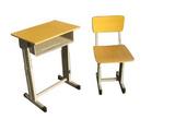 培训桌椅报价钢木结构学生课桌椅图片