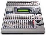 Yamaha 01v96 v2 40路24Bit/96kHz数码程控调音台