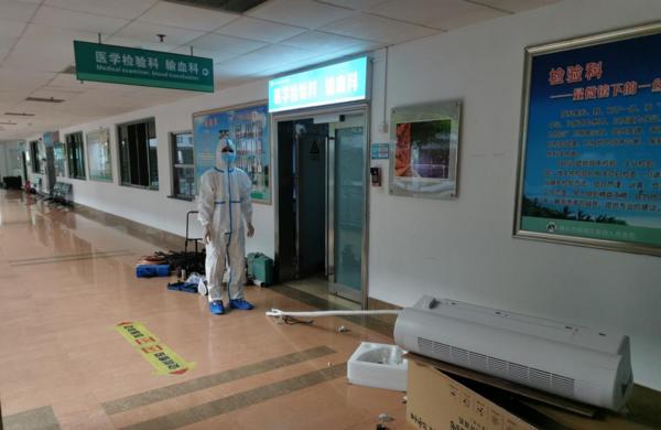 温湿相宜、安全洁净——EBC英宝纯空气环境机助力医院核酸检测