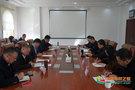 渤海大学党委理论学习中心组专题学习党的十九届四中全会精神