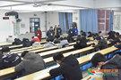 河南工学院领导一行深入考场进行巡视期末考试工作