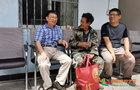 云南大学数学与统计学院、物理与天文学院再次赴河边村开展精准扶贫及入户走访工作