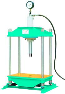 四柱手动液压机