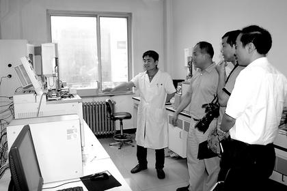 湖北恩施州质监局与北京昌平区质检所开展实验室建设交流